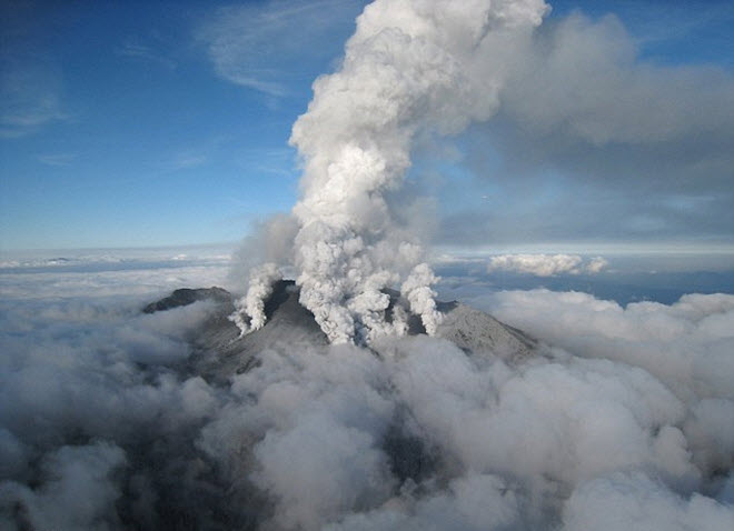Japan-could-be-destroyed-in-giant-volcanic-eruption