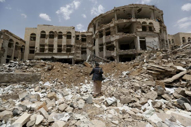 saudi-airstrikes-yemen-are-war-crimes-human-rights-watch-says